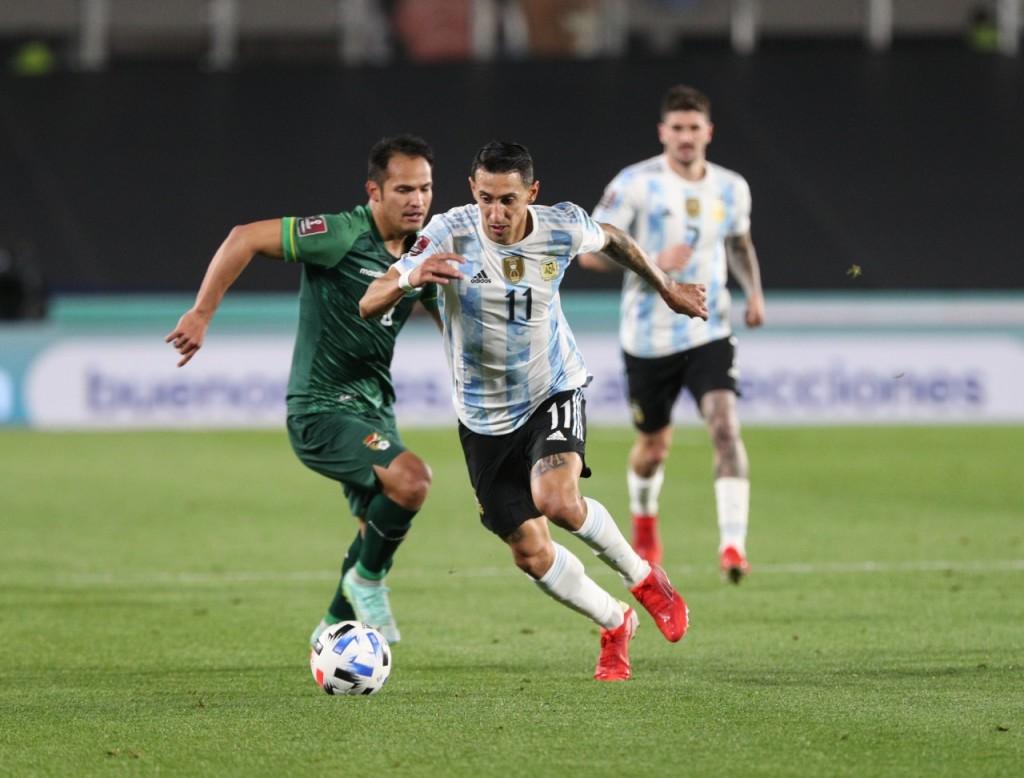 Con tres goles de Messi y un gran juego colectivo Argentina derrotó a Bolivia 3 a 0