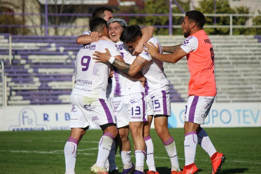 Con un gol agónico de Bersano Villa Dálmine volvió al triunfo en Campana