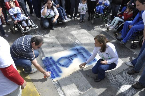 Campana conmemoró el Día Mundial de la Parálisis Cerebral