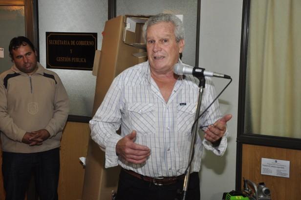 La Intendente Giroldi entregó insumos y materiales a Productores del Delta