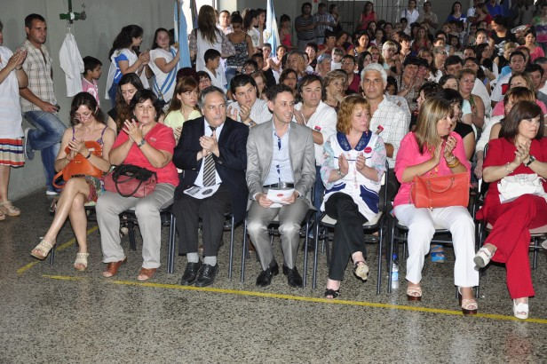 "La Escuela N° 5 ""Bernardino Rivadavia"" celebró 125 años de vida"