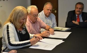 Firmaron convenio para refaccionar el Taller de la Escuela Técnica Nº 1