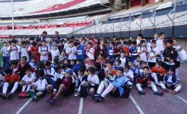 """""""Monumental"""" experiencia de pequeños futbolistas campanenses"""