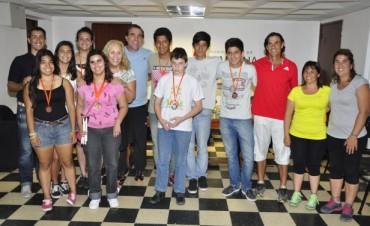 La Intendente Giroldi recibió a los campanenses ganadores de Medallas en los Juegos BA