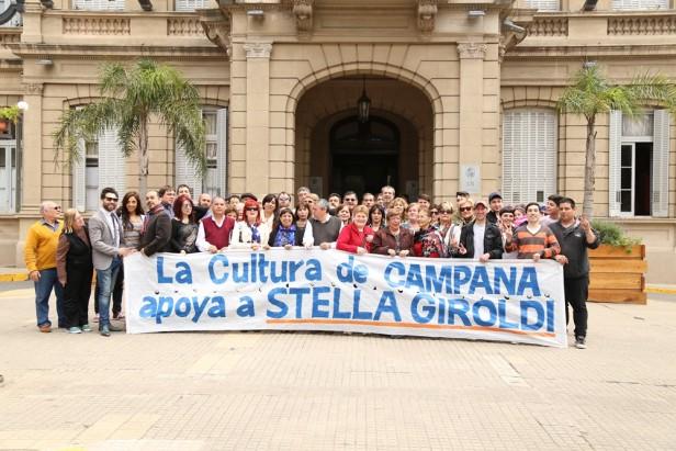 Fuerte respaldo de referentes culturales  a la candidatura de Stella Giroldi