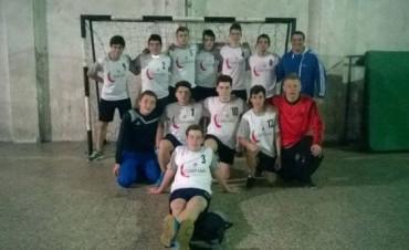 Handball El equipo de Cadetes del CBC se puso al día en la Femebal y quedó en lo más alto de la tabla
