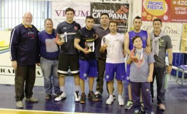 """""""Los Talentosos Sosa"""" y """"Mup´s"""" fueron los equipos ganadores de la 4° Edición del Torneo de Básquetbol """"3x3"""""""