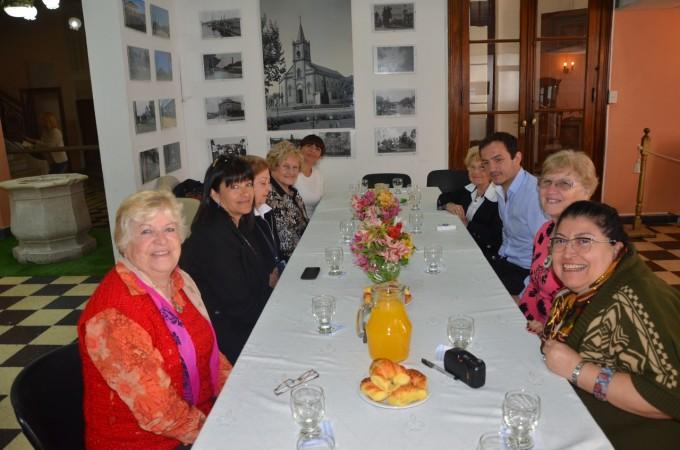 El Intendente compartió un desayuno con miembros de la Liga de Madres de Familia