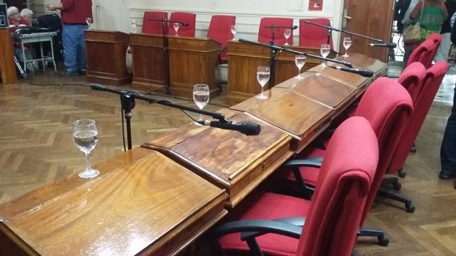 Se levantó la sesión del HCD por falta de quorum