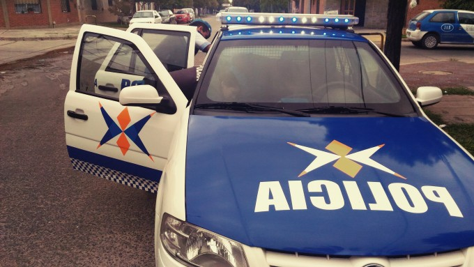 POLICIA LOCAL CAPTURÓ A MENOR QUE HABIA ROBADO UN CELULAR