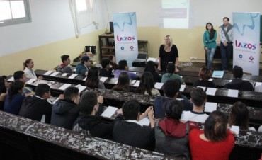 Continúan los talleres del Programa Lazos en las escuelas de Campana