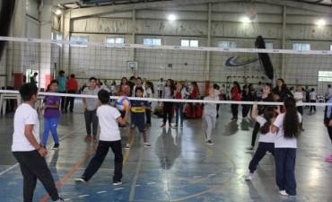 Unos 170 alumnos participaron del Torneo Intercolegial de Vóley