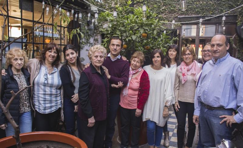 Abella, Roses y Buzzini celebraron el Día de la Madre con vecinas campanenses