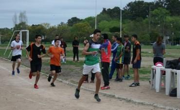Más de 200 jóvenes participaron de la segunda jornada del Torneo Intercolegial de Atletismo