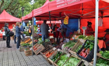 """Recuerdan el cronograma de la feria de productores locales y """"El mercado en tu barrio"""""""