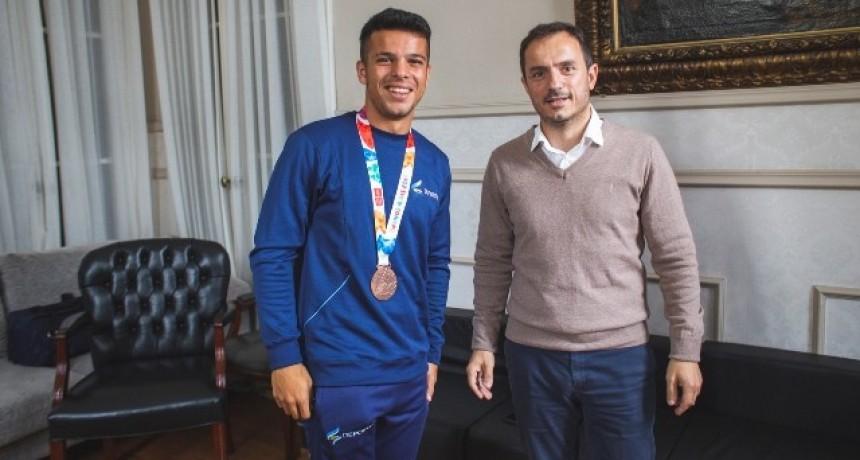 """Abella declaró a Felipe Modarelli """"Ciudadano Destacado"""" por su desempeño en los Juegos Olímpicos de la Juventud"""