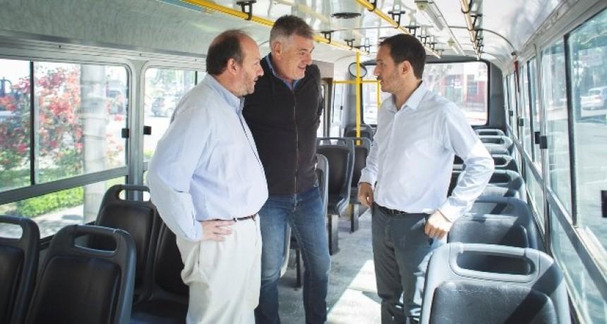 """Abella y el nuevo sistema urbano de colectivos: """"Será un cambio trascendental en la calidad del servicio"""""""