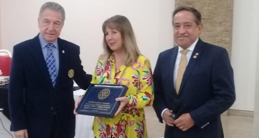 Rotary Club Campana entregò el Premio S.A.T.O con la presencia del Gobernador Distrital