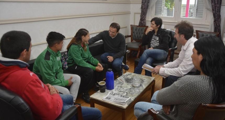 El Intendente recibió a deportistas que participaron en los Juegos Evita 2018