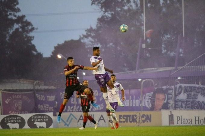 Villa Dálmine empató sin goles con Defensores de Belgrano