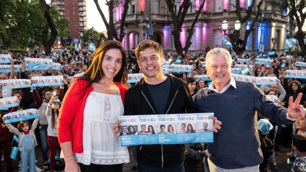 Axel Kicillof llamó a votar boleta completa