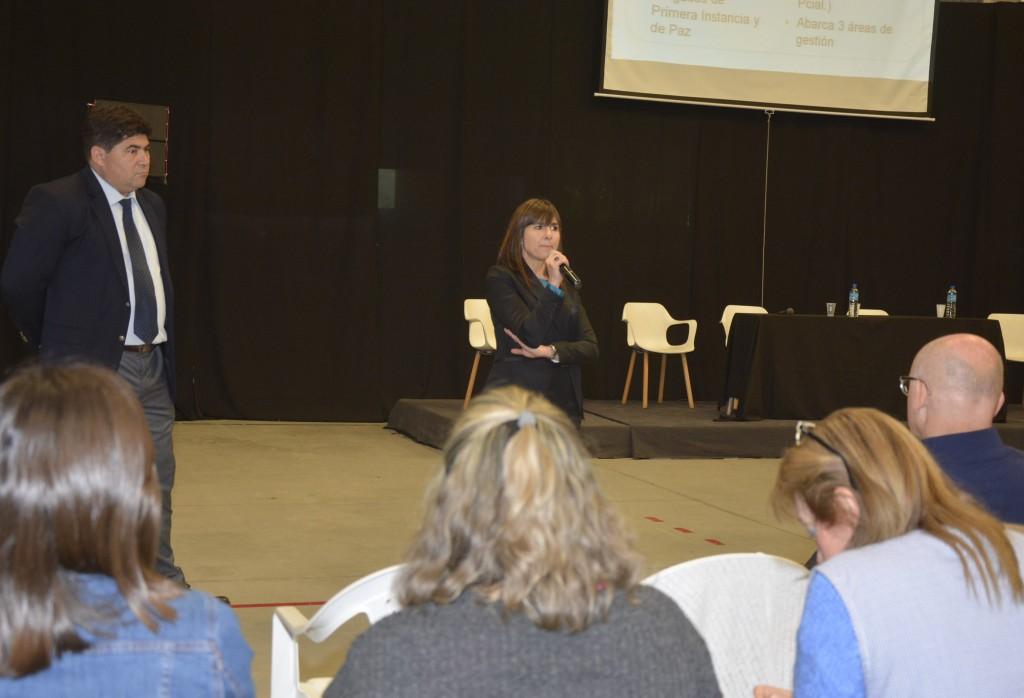 Más de 250 personas participaron de una jornada sobre los derechos de los niños