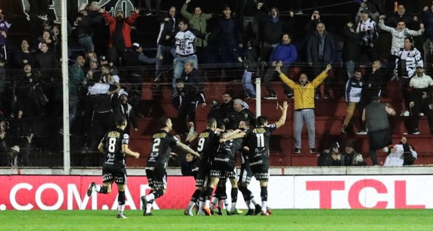 Central Córdoba y Estudiantes de Caseros se hicieron grandes frente a Estudiantes de La Plata y Colón de Santa Fé