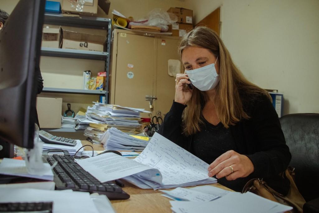 Trabajo en equipo: siete médicos del hospital realizan el seguimiento telefónico de pacientes con Covid
