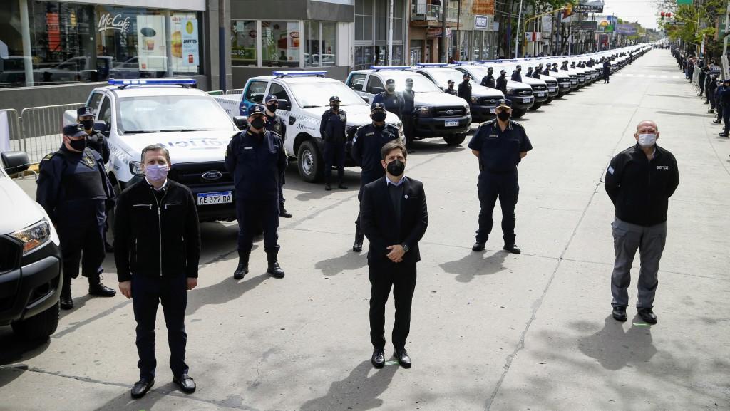 PLAN INTEGRAL DE SEGURIDAD : Kicillof puso en funcionamiento 60 patrulleros y nuevo equipamiento