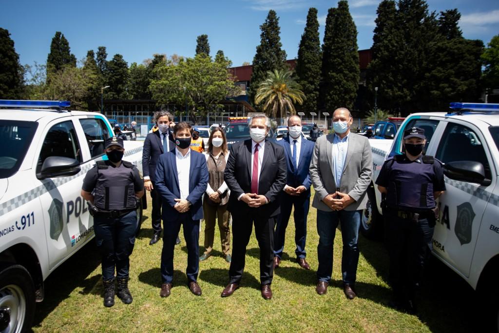 Kicillof encabezó junto al Presidente la puesta en marcha de 200 nuevos patrulleros en Lomas de Zamora