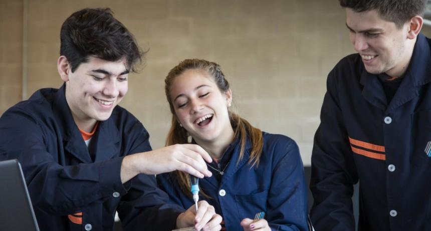 La Escuela Técnica Roberto Rocca y la Universidad Austral firmaron un convenio de cooperación académica