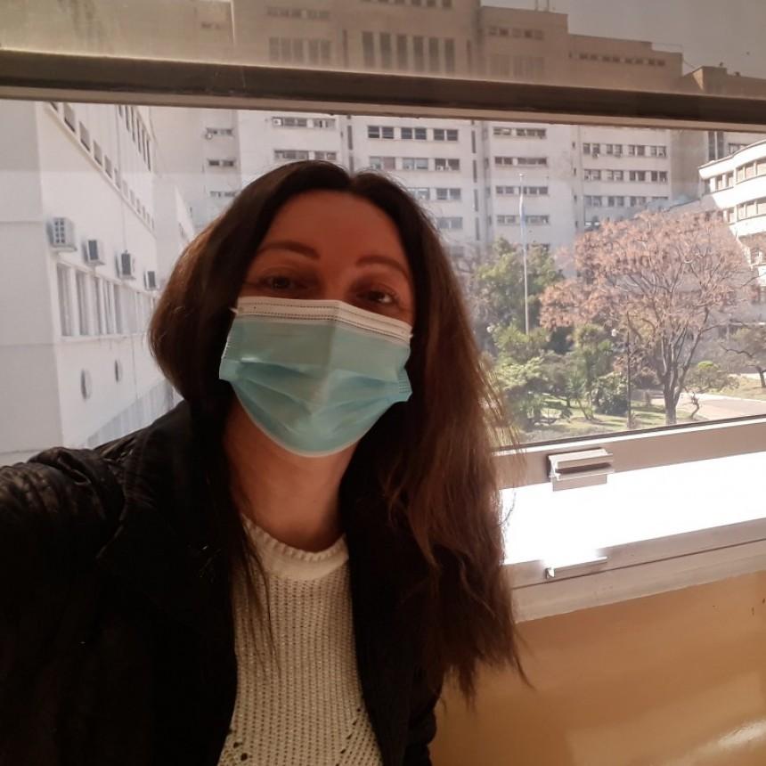 Eliana Matko una vecina de Campana voluntaria en la Argentina de la vacuna de Pfizer