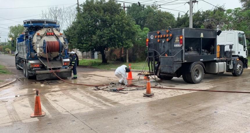 El Municipio trabaja en la desobstrucción de desagües cloacales y pluviales