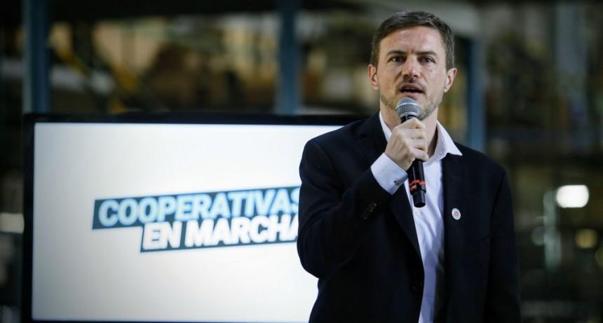 FLORENCIO VARELA : Kicillof y Costa presentaron el programa