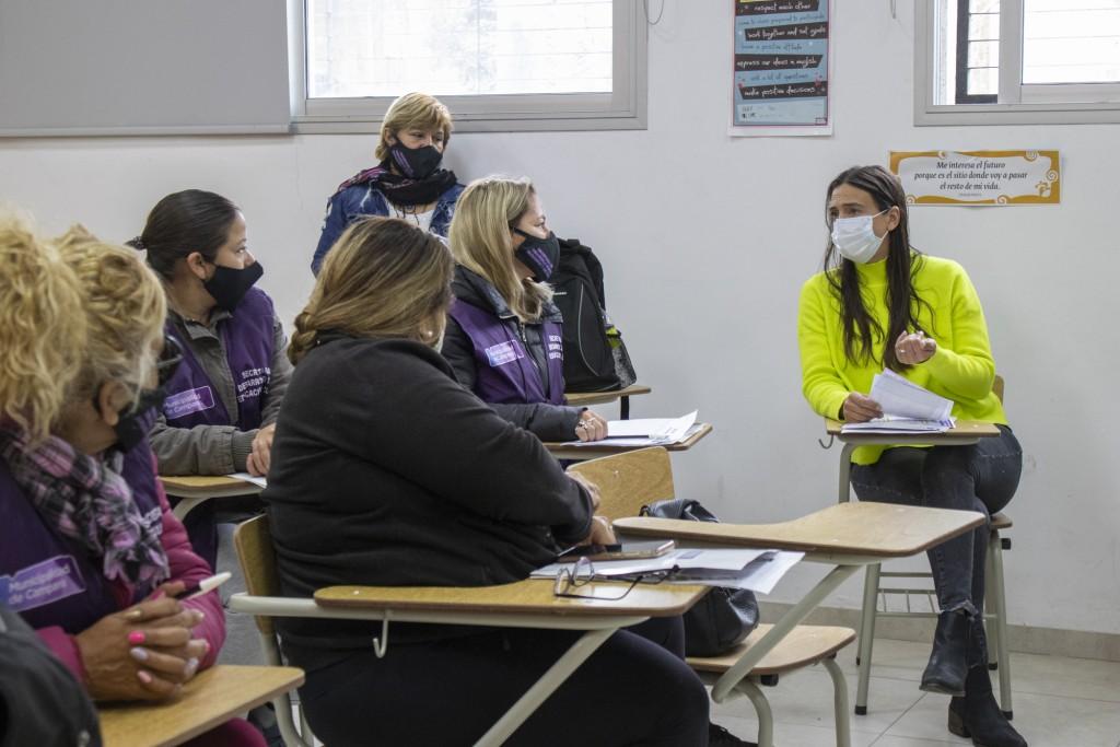Detectar Educación: Elisa Abella encabezó un operativo para informar sobre la red de apoyo escolar gratuita