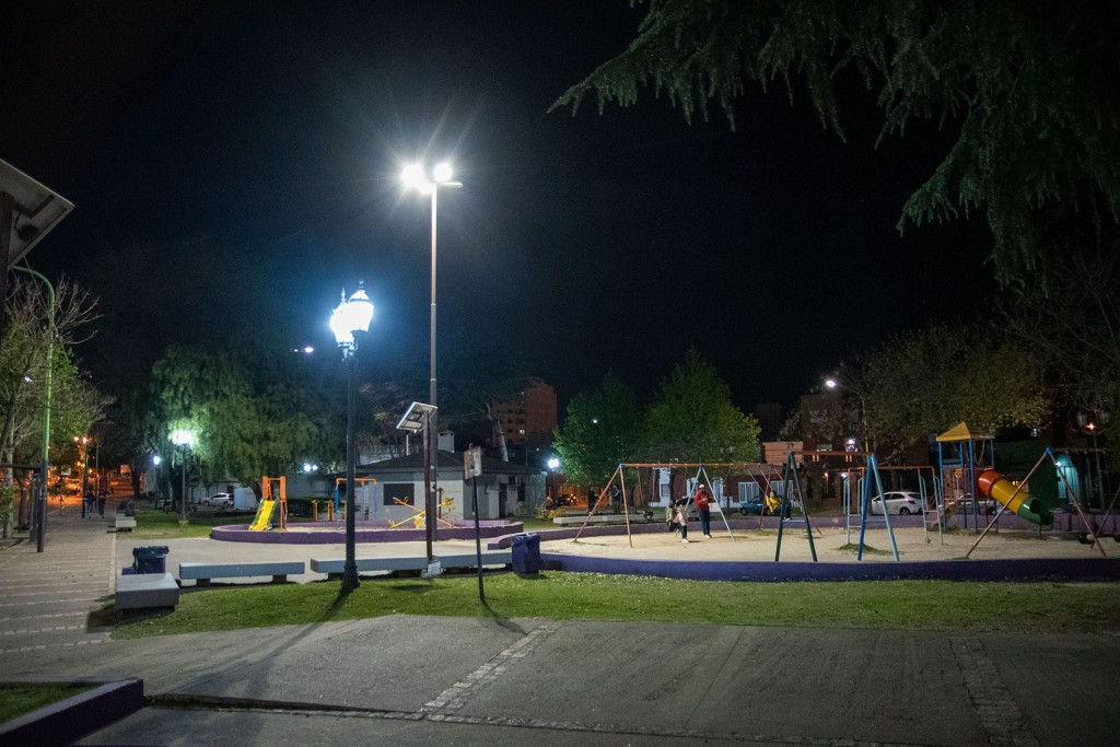 Nuevas luminarias LED en la Plaza España