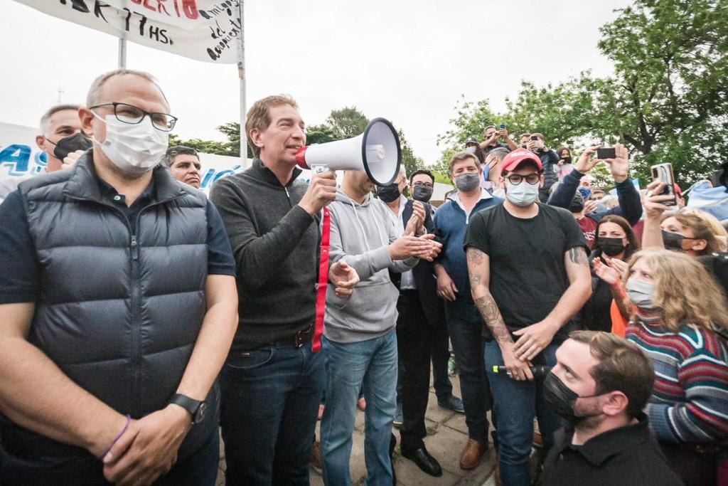 Santilli: Vamos a luchar todos los días para que el aeropuerto de El Palomar vuelva abrir y siga dando trabajo a los bonaerenses