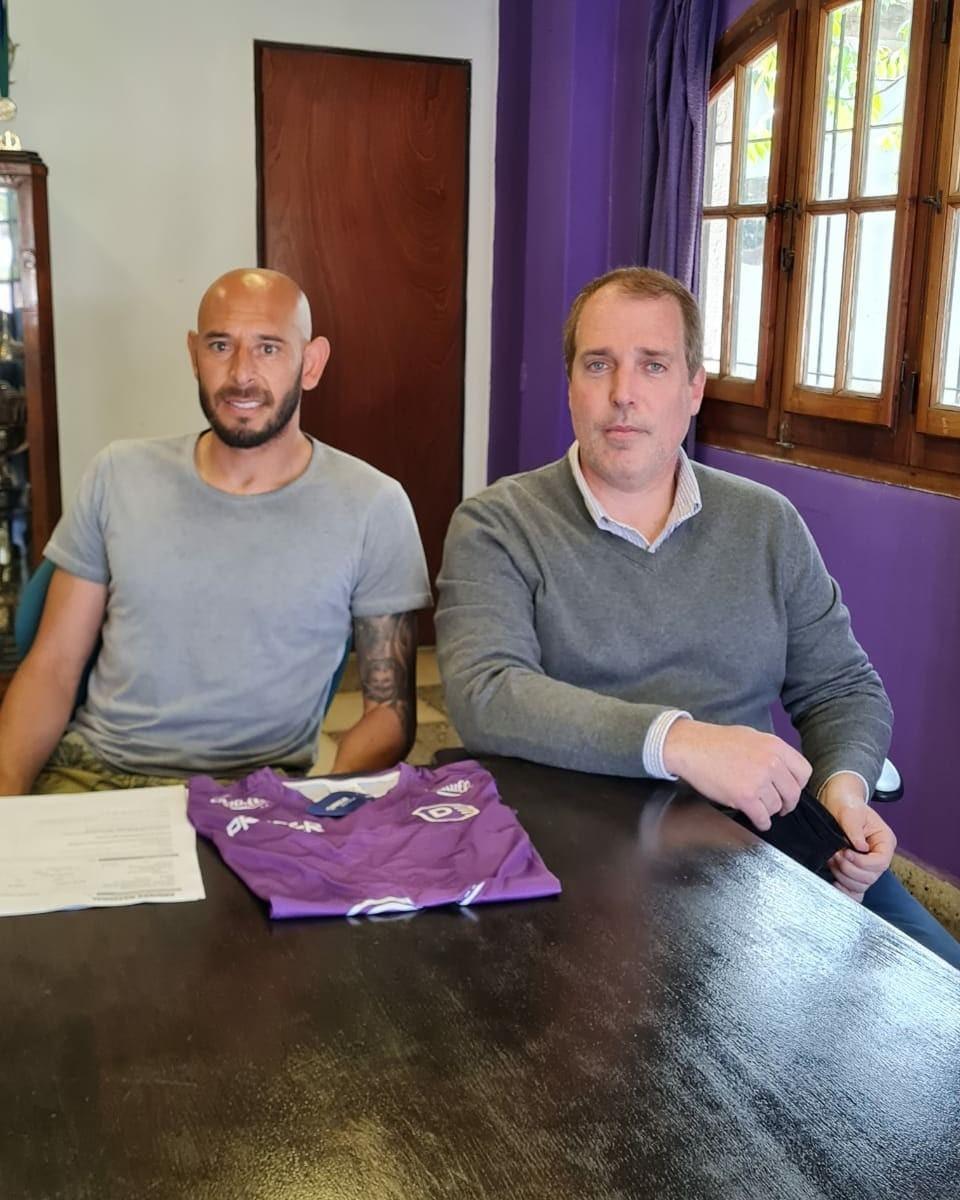 Laureano Tello renovó su contrato con Villa Dálmine