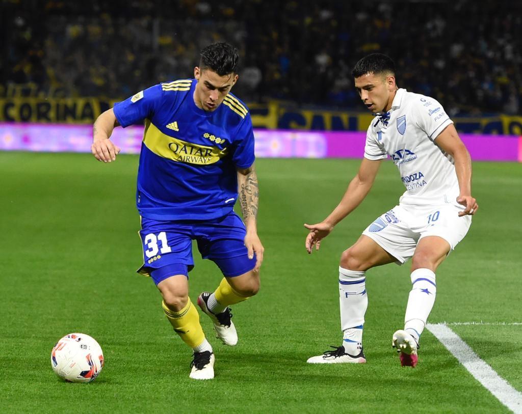 Con un gran juego colectivo Boca Juniors ganó y va en busca del puntero