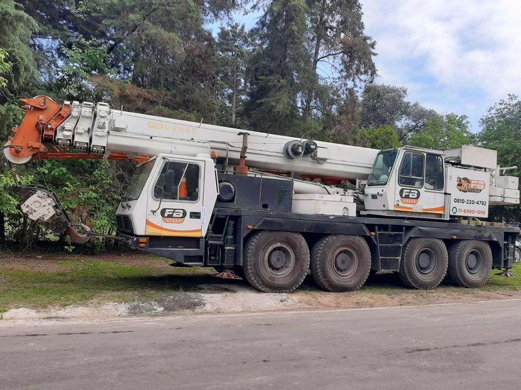 Secuestran tres vehículos pesados por falta de documentación y maniobras peligrosas