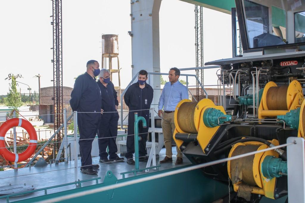 El Intendente destacó la importancia de la industria naval para Campana