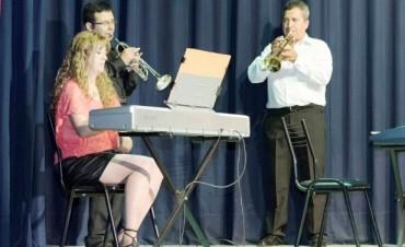 """La Academia de Música """"Mi Espacio"""" realizó su Muestra de Trabajos y Estudios"""