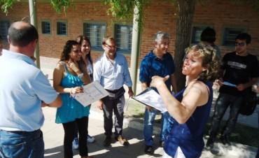Vecinos de Islas del Sector del Blondeau: Hoy se concreta el relevamiento encabezado por el Municipio y ANSeS