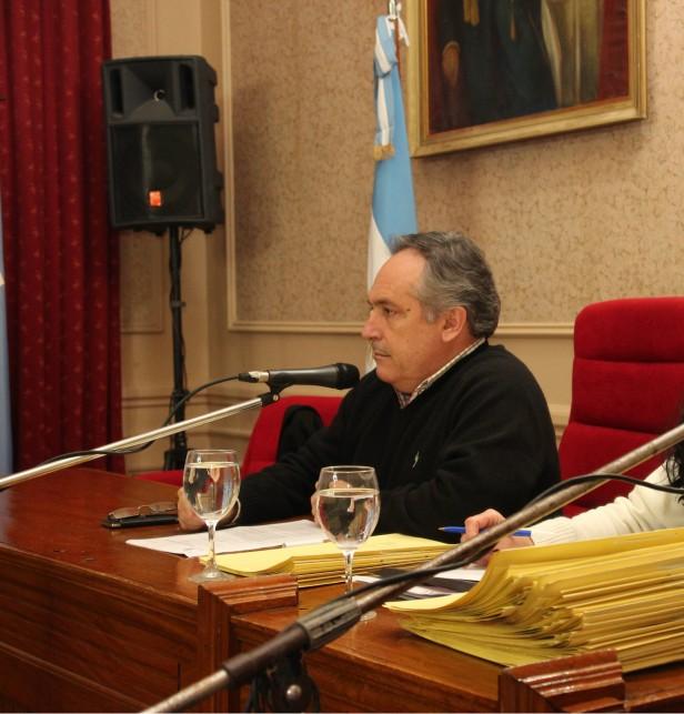 En búsqueda de convalidar la nueva Convención Colectiva de los municipales se solicitó una sesión extraordinaria en el HCD.