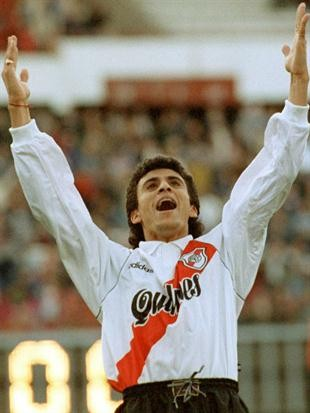 Roberto Monserrat en Fútbol con Estilo Millonario