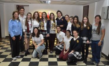 """Los ganadores del Torneo de Handball """"Pasión por Mi Ciudad"""" recibieron sus trofeos"""