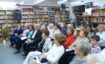 """Biblioteca Municipal: Vecinos e intérpretes locales celebraron el """"Día de la Música"""""""