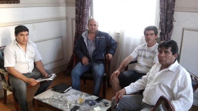 Abella se reunió con trabajadores de taxis y remises