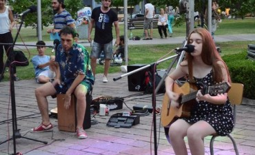 Este domingo el Camping Artístico regresa a la plaza Eduardo Costa