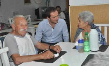 El Intendente visitó el hogar de ancianos municipal